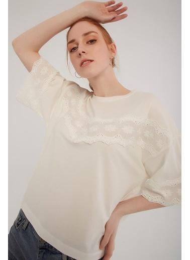 Modaset Tişört Beyaz